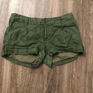 comfortable olive green shorts